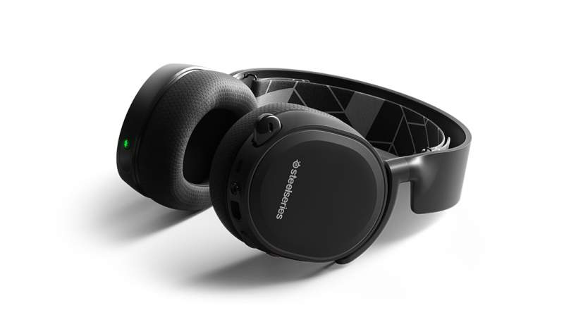 SteelSeries launches a Bluetooth version of its Arctis 3 headset